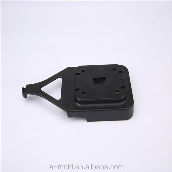 molded-plastic-parts-custom-injection-molding-thermoplastic