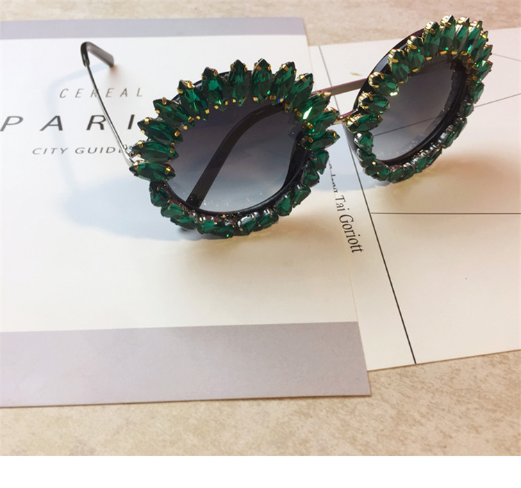 Hotselling products green rhinestone slap sunglasses private label