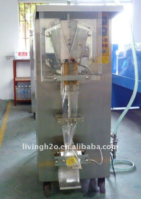 Sachet water filling and sealing machine / small bag water packing machine