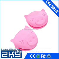 kawaii pig Design Pliable Silicone Pot Holder Silicone Glove Oven Mitt