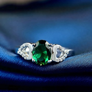 green gemstone design jewelry for women silver heart ring