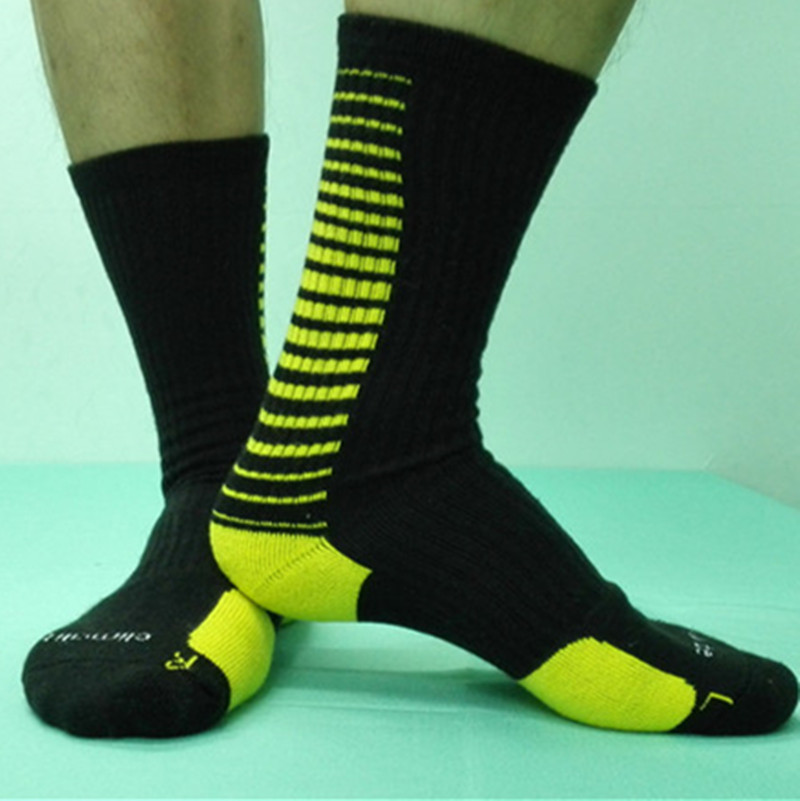 The best athletic socks for men are those that provide good cushioning and impact absorption, have some arch support, provide for a snug fit, don't slip down, are durable, and have good moisture and temperature control.