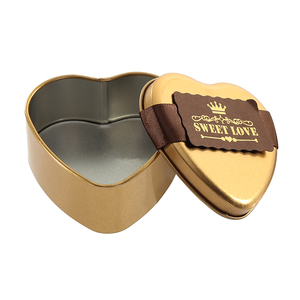 Cute Unique Heart Shaped Metal Candy Box With Cardboard Decoration for Wedding Party