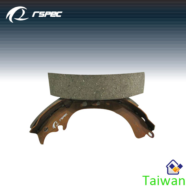 Taiwan RSPEC canter used truck spare parts brake shoes
