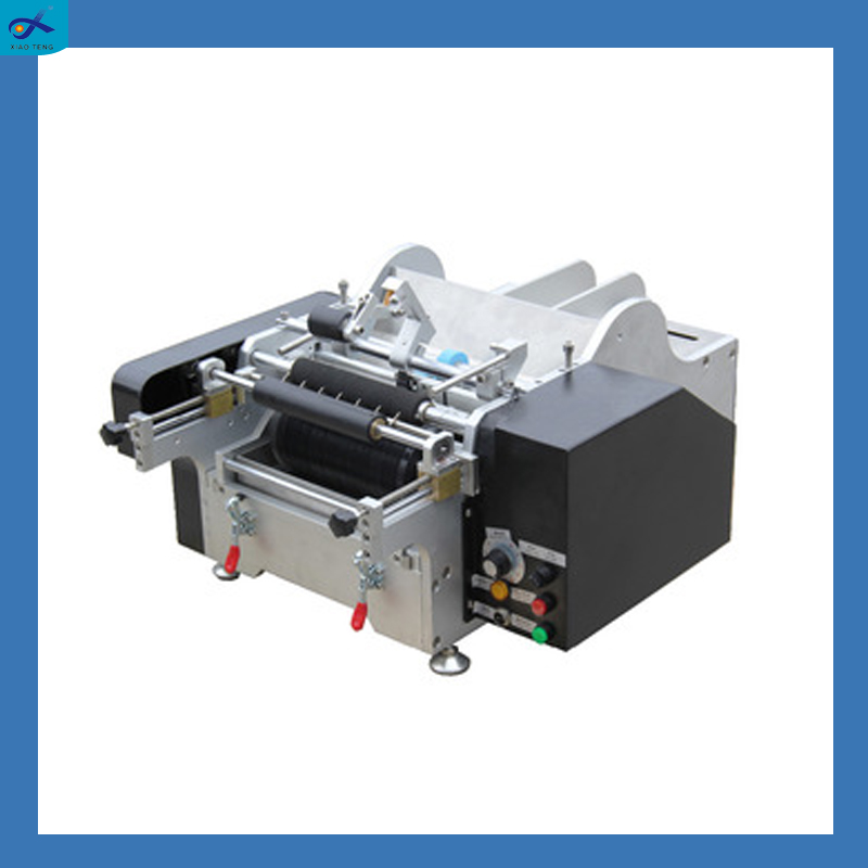 Adhesive paper manual bottle labeling machine with wet glue labeling