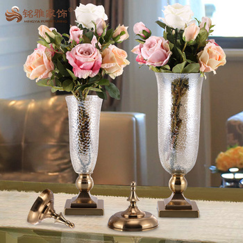 Wholesale Home Decoration Elegant Handmade Antique Clear Glass Vase