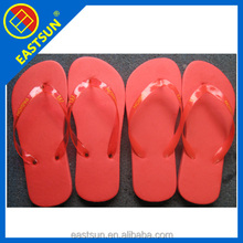 Customized rubber flip-flops