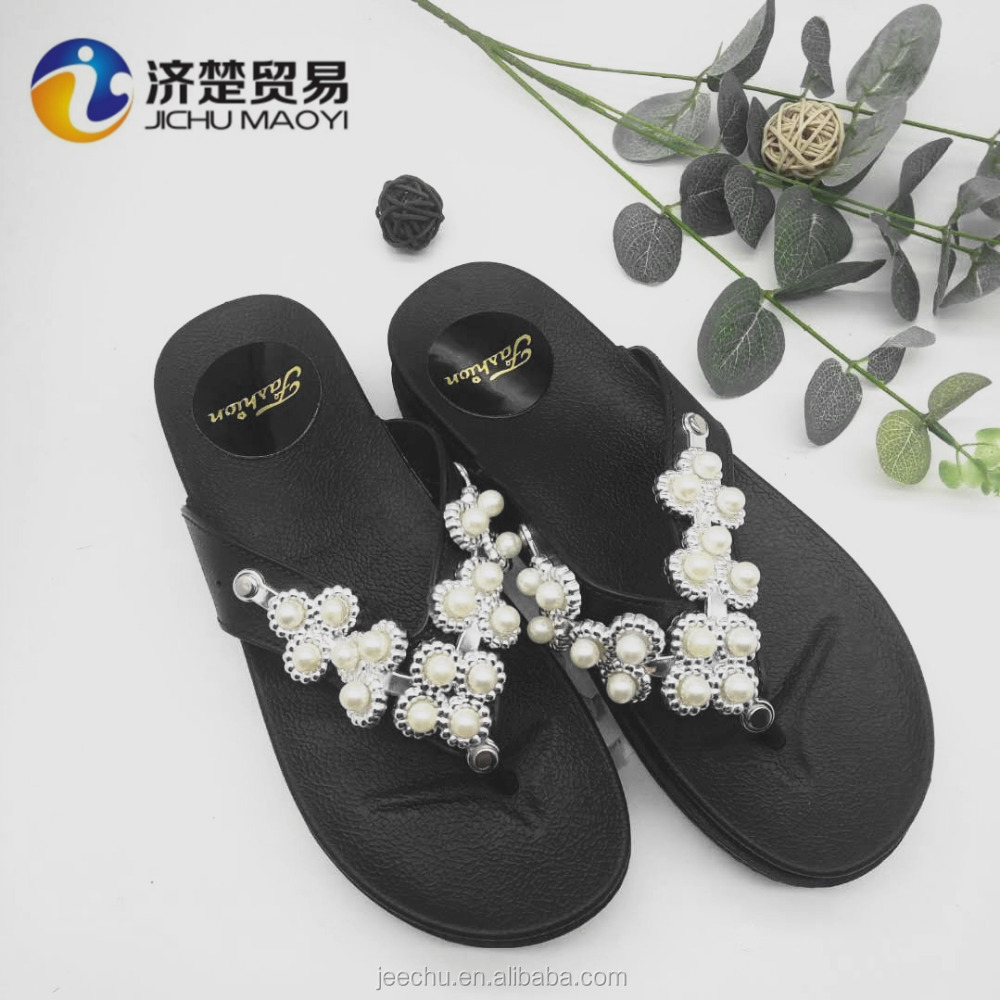 Ladies fashion fancy flat sandals new ladies flip flops beautiful pearl women slippers