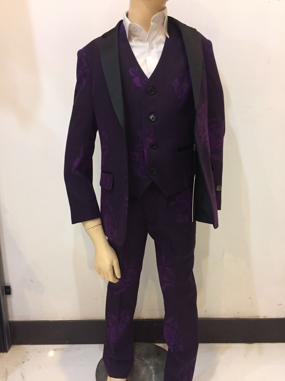 2017 new style purple boy suits