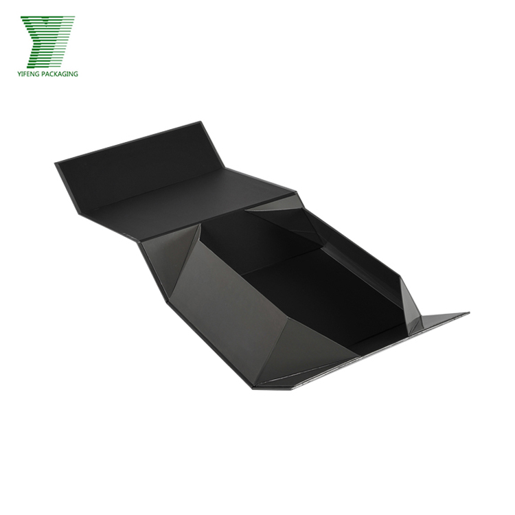 Wholesale Black Cardboard Customized Flap Lid Clothes Underwear Packaging Cardboard Bespoke Custom Magnetic Closure Folding Box