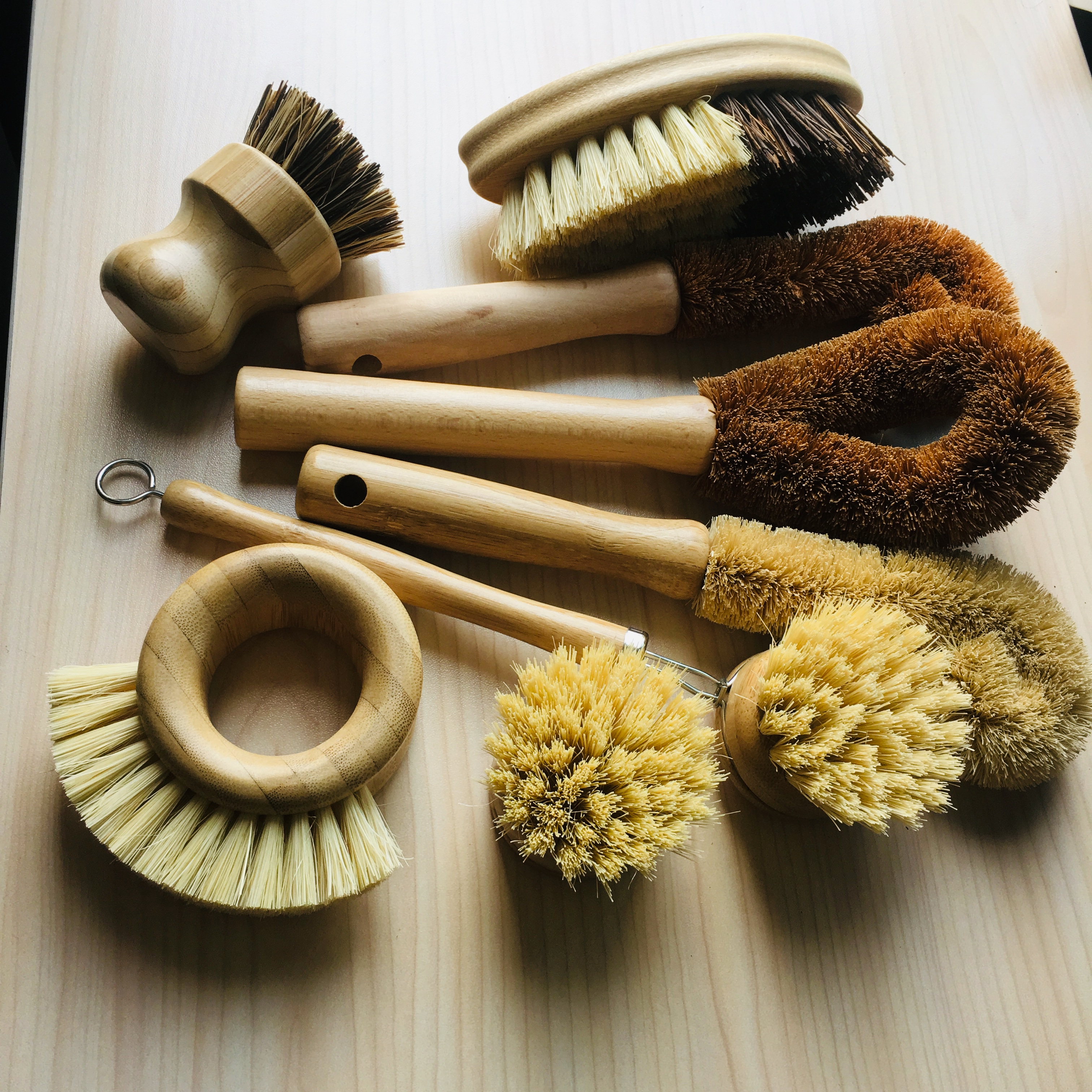 2019 hot sell household nature cleaner round bamboo dish brush vegetables clean tool kitchen pot bowl wash brushes