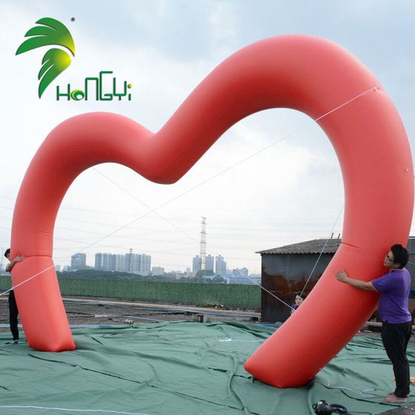 Custom Inflatable Heart Shape Arch Wedding Inflatable LED Heart For Decoration