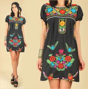 ViNtAgE 70's Black Floral Mexican EMBROIDERED Mini Tunic Dress BoHo Summer Dress