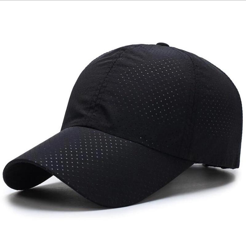 Flexfit Cool and Dry Sport Baseball Cap S//M Schwarz Gold