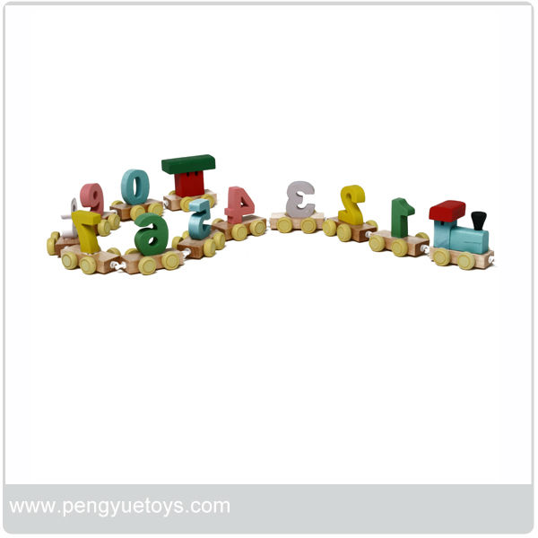 PY1064 Wooden cute number train toys