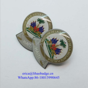 Epoxy cover offset printing butterfly clutch attached lapel pin
