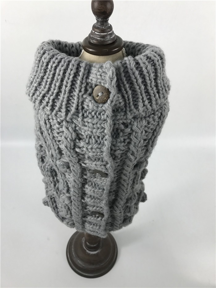 2017 Latest OEM Wholesale Hand Knit Dog Sweater