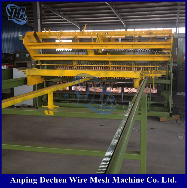 New products 2017 wire garden fencing making machine From China supplier