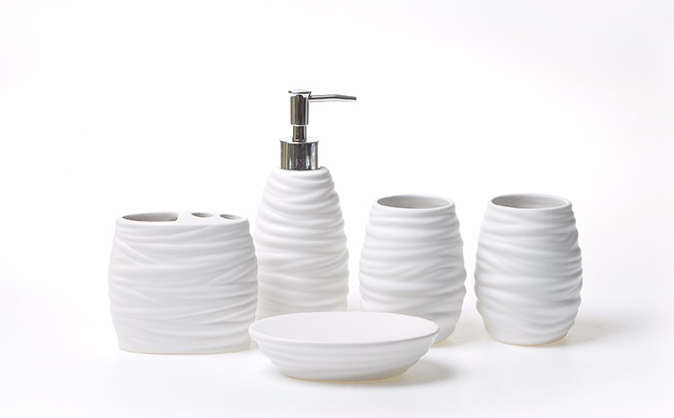 Simply white irregular ripple ceramic bathroom accessories sets