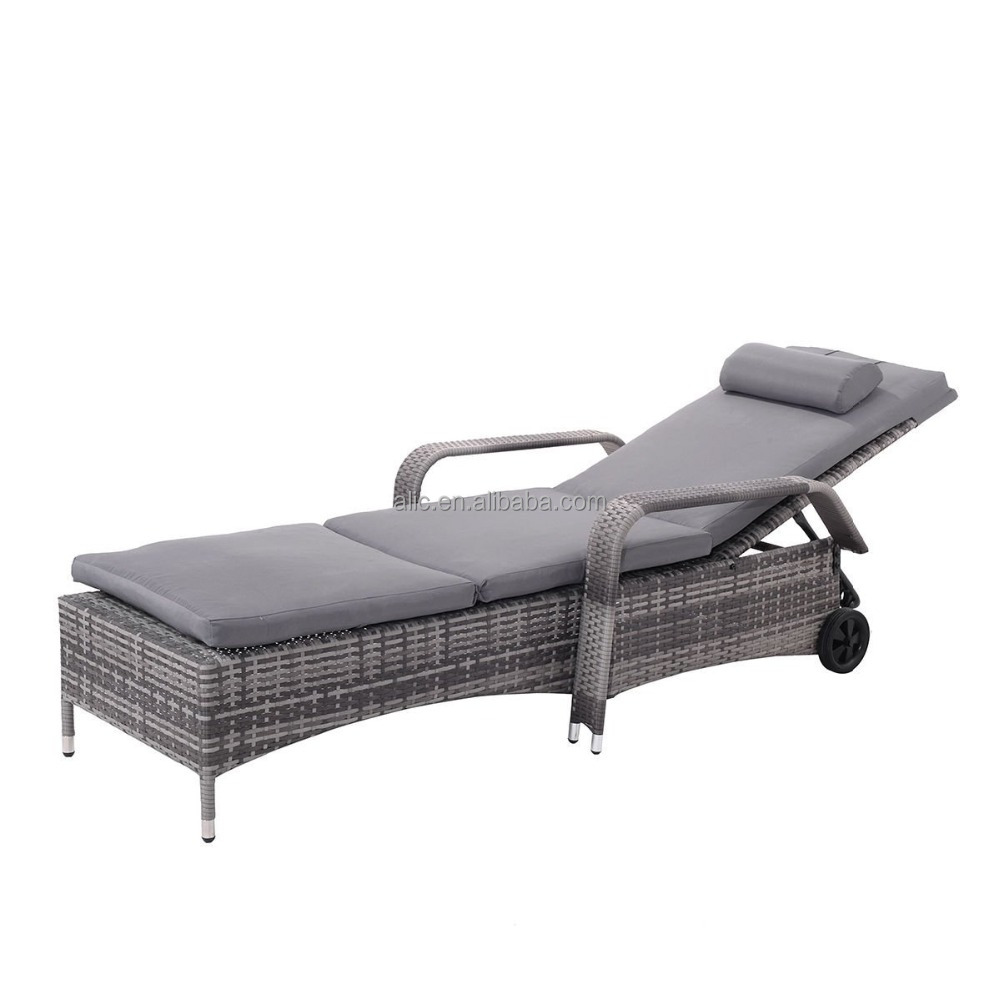 Wicker Chaise Lounge Chair Outdoor
