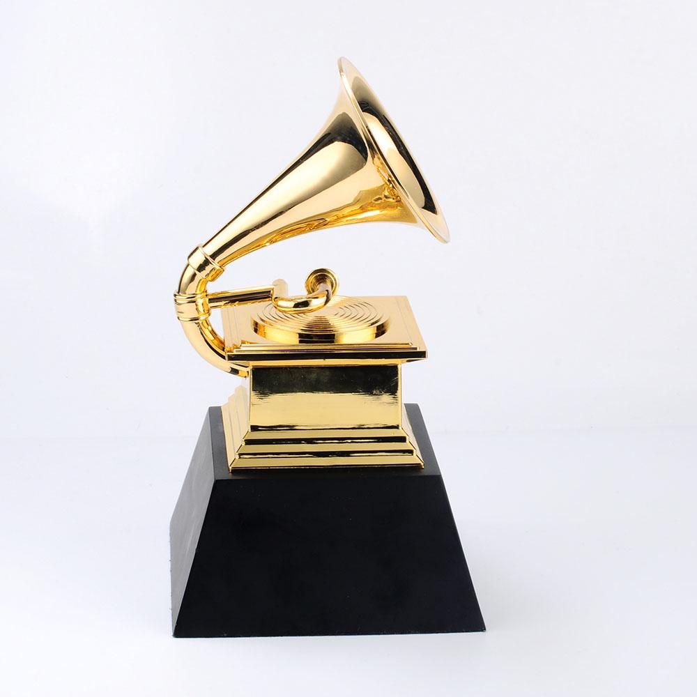 Oro De Alta Calidad De Regalo De Diseño Personalizado De Metal Premio Grammy Trofeo Logotipo Personalizado Impreso De Trofeo De Metal Tazas Buy Trofeo De Premio Grammy Diseño Personalizado De Metal Trofeo