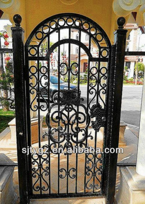 decoration des portes en fer. Black Bedroom Furniture Sets. Home Design Ideas
