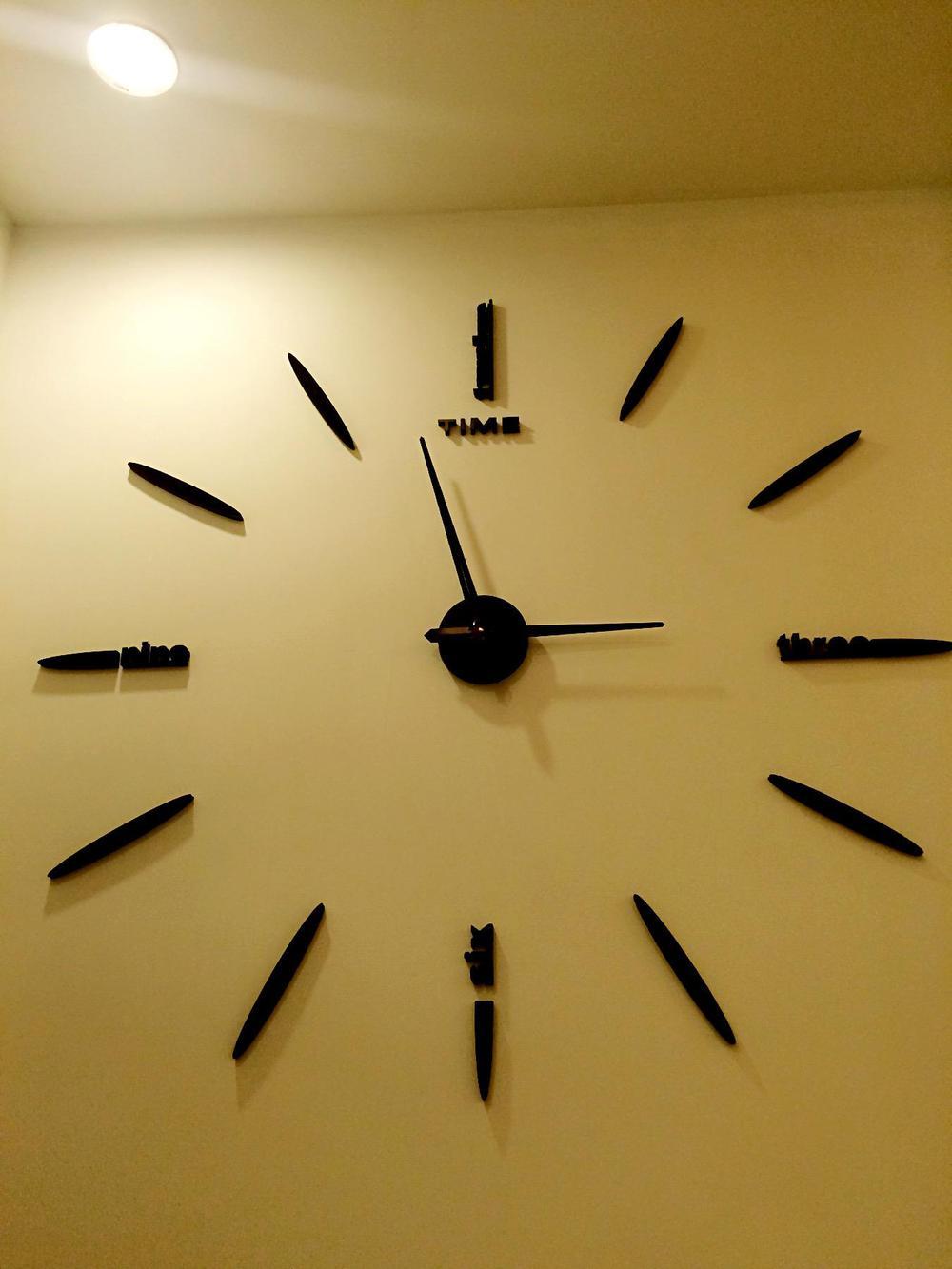 Perak putaran lingkaran nomor jam dinding cermin jam dinding desain modern  removable diy akrilik 3d cermin 20b5504fb4