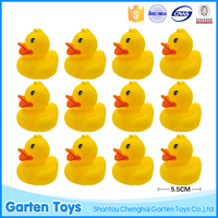 Hot selling non-toxic baby bath cute design rubber duck