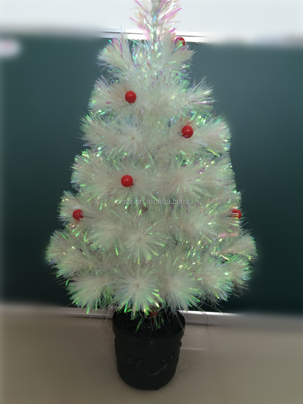 Promotional Pre Lit Mini White Christmas Tree With Red Berries And Durable Crismas