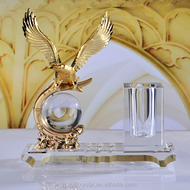 crystal pen holder with fly eagle figure for office gift