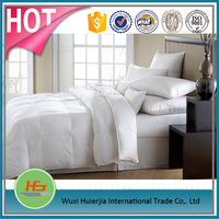 White Twin Extra Long Hotel Down Quilt Sets