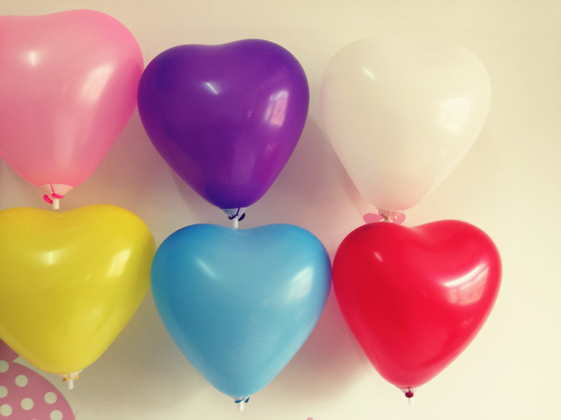 NEW Sale 100pcs lot 18cm 7inch Heart Shape Latex Decal Balloons Party Wedding Docrative Toy Ballons