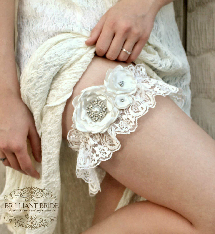 Lace Wedding garter Vintage Ivory Lace Garter W/ Rhinestone - Bridal Lingerie garter set Cream Wedding Accessories, Plus Size Wedding garder belt, bridal garter wedding accessory w/ handmade flowers