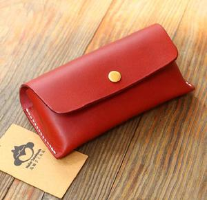 Personalized client's design cool model red Leather eyeglasses case GC045