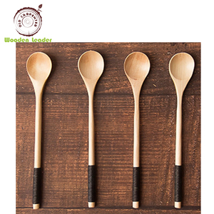 Wholesale Eco-Friendly Japanese Style Flat Carved Honey Wood Spoon