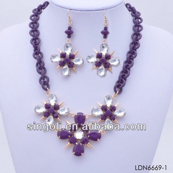 2014 hot sale china purple&white transparency collage cross spike plastic chain link necklace snowflake necklace and earrig sets