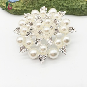 1a0d0bf05 China Customized Brooches, China Customized Brooches Manufacturers and  Suppliers on Alibaba.com