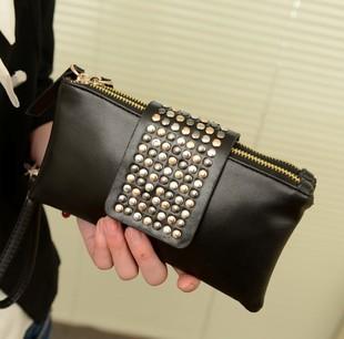 a6c16e618ee4 Новые прибытия горячая распродажа искусственная кожа мода конструктор  заклепки сумка женская сумка мода женщин клатчи