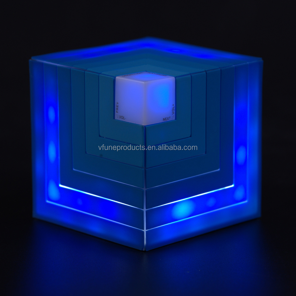 Private Mould HiFi Cubic Rainbow Speaker Mini Wireless Portable Speaker with LED Lights