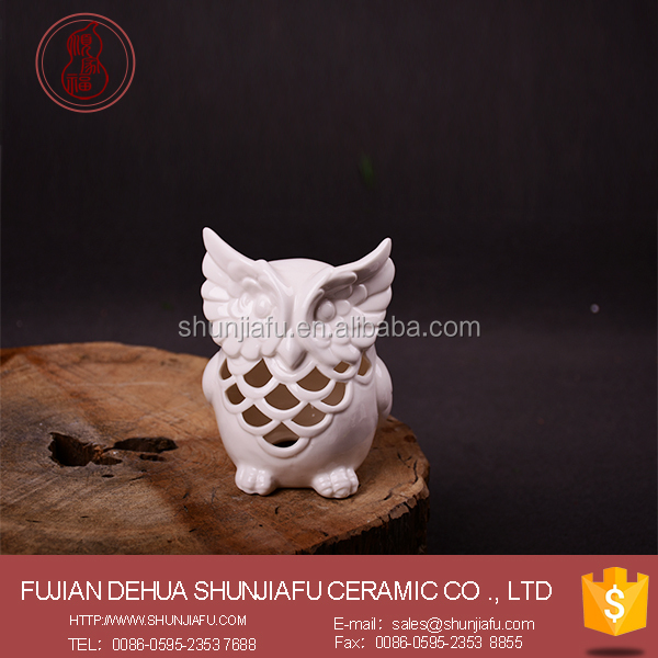 Home Decor Hollow-out Design White Owl Statues China Ceramic