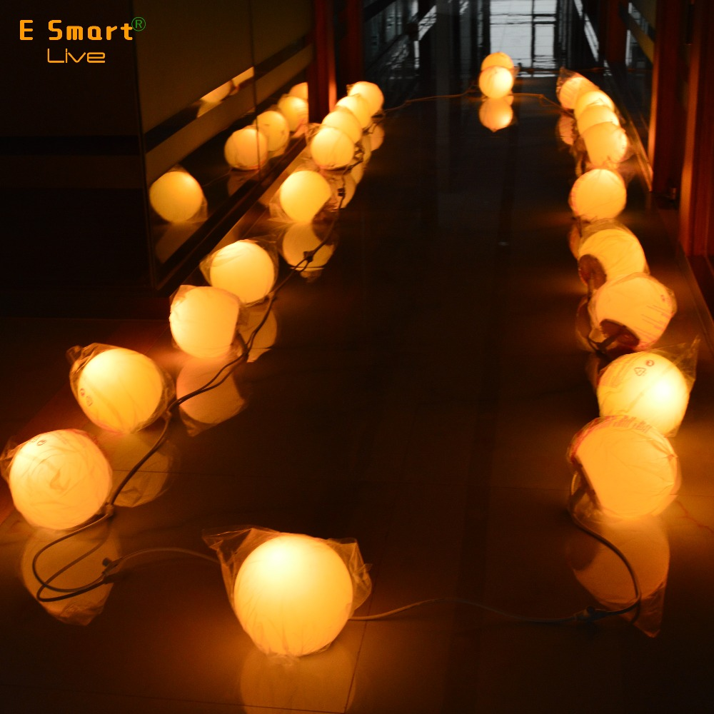 Waterproof outdoor led RGB hanging light balls / <strong>Christmas</strong> and holiday decorative LED illumiated ball light