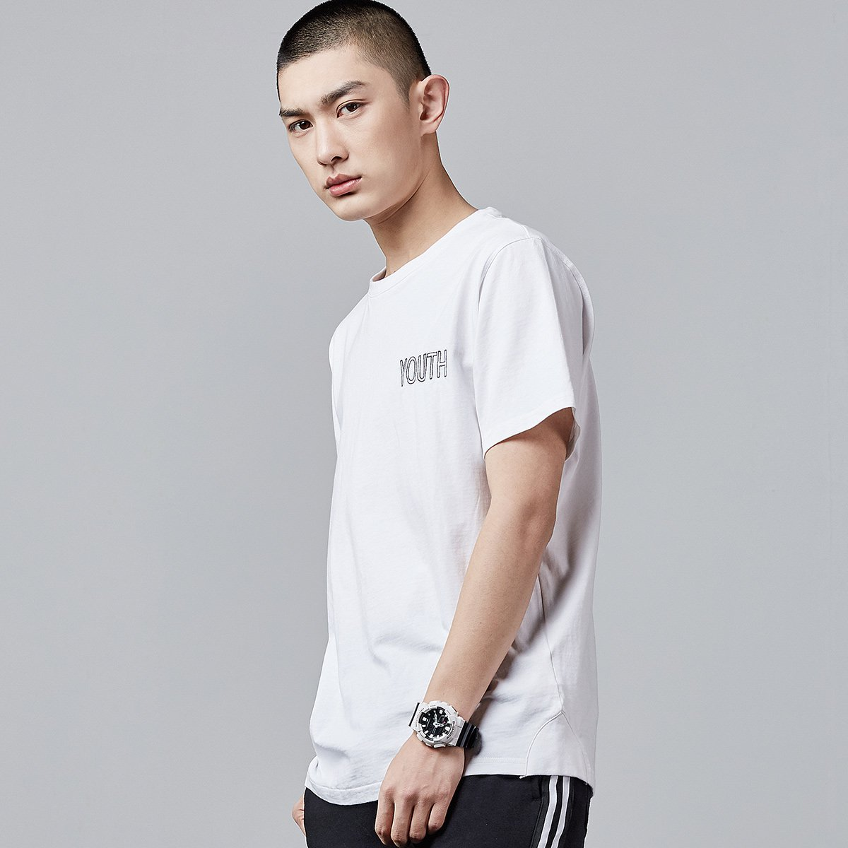 super soft cotton men tshirts white  and black color design  embroidery logo  tshirt