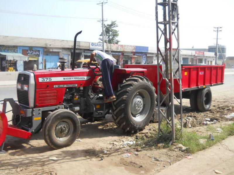 Mf 375 Tractor