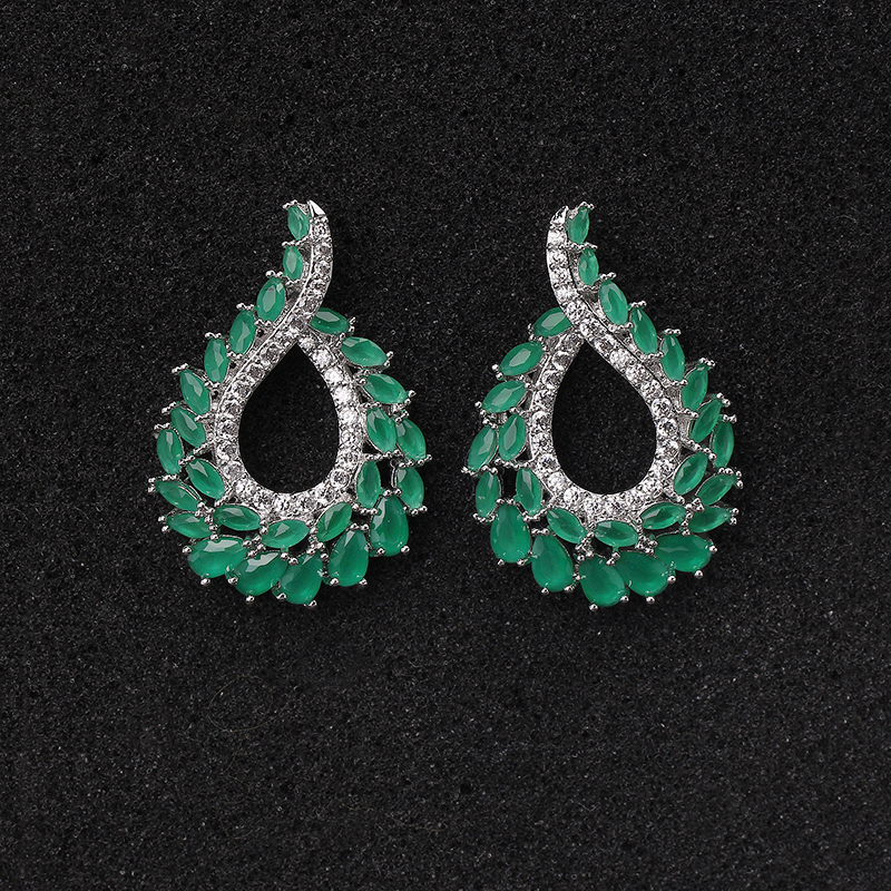 Fashion Designer Jewelry Milk Emerald Green Stone Clear CZ Curved Feather Stud Earrings for Women
