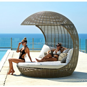Exotic coconut shaped queen size outdoor round chaise lounge wicker cane indian charpoy daybed