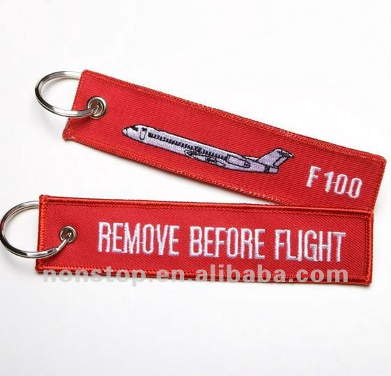 Remove before flight fokker f100 keyring