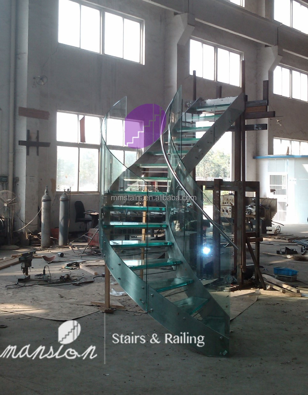 Steel Stringer Glass Balustrade Staircase