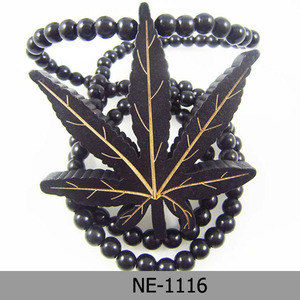 Stock! Hiphop Wood Leaves Shape Charm Necklace Good Wood Necklace Long Shape Necklace