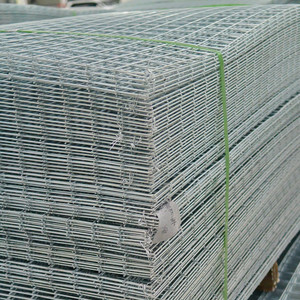 Low factory price 4x4 welded wire mesh panel