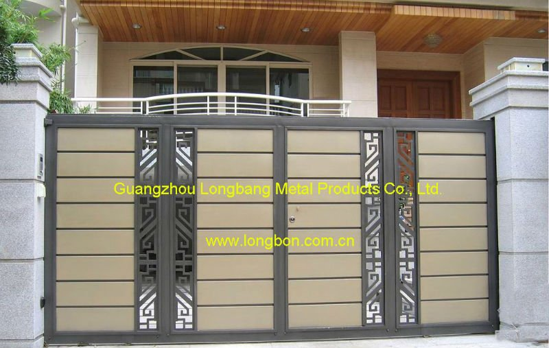 Single driveway gates designs concord driveway gates for Single gate designs for homes